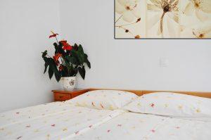 Zimmer mit Poolsicht